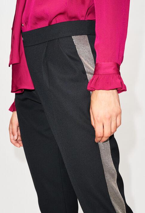 PETRONIH19 : Hosen & Jeans farbe NOIR