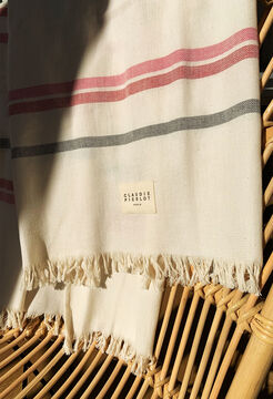 E19FOUTA GOODIES